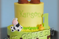 Barnyard/John Deer party cake