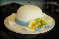 Lady's hat for a tea party!